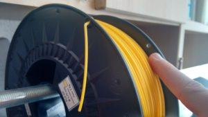 agujeros-sujetar-filamento-impresora-3d