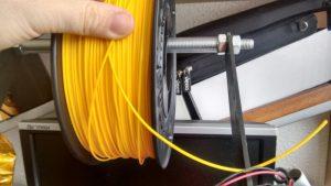 sujetar-filamento-impresora-3d